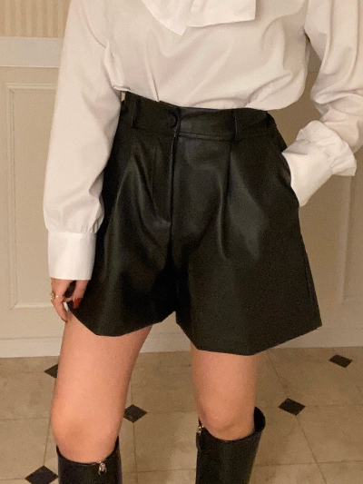【Re Arrival】leather short pants[saya select]